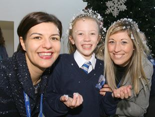 Glengormley Primary School bring Christmas festivity to the airport