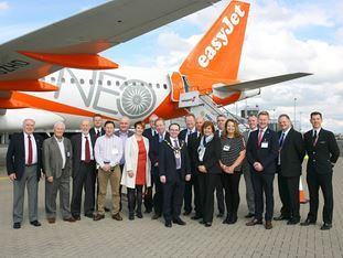 easyJet showcases its new Airbus A320neo at Belfast International Airport and continues its decarbonisation strategy